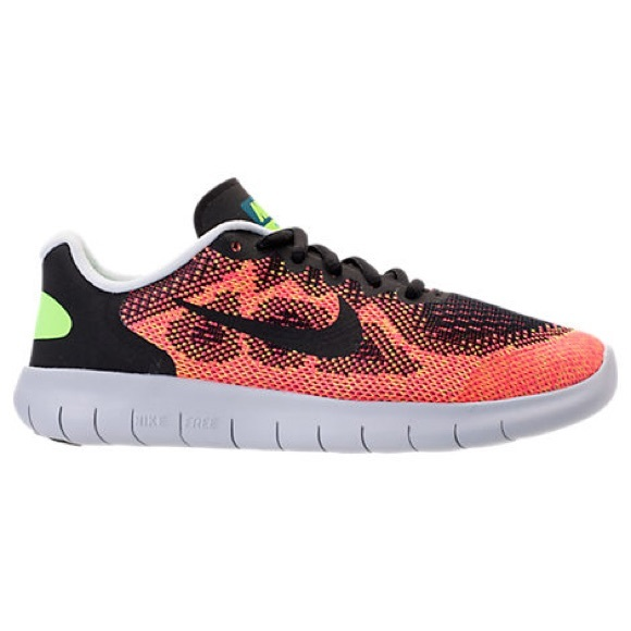13875b5f02ec Boy s Nike free RN 2017 running shoes
